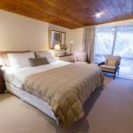 View of a kingbed room at Wairualodge