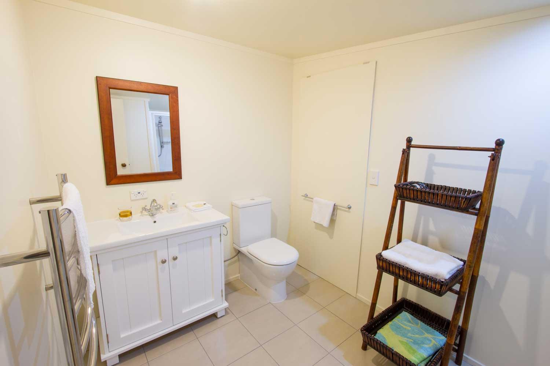 Bathroom and toilet at Wairua Lodge